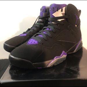 Mens Air Jordan VII - Bucks